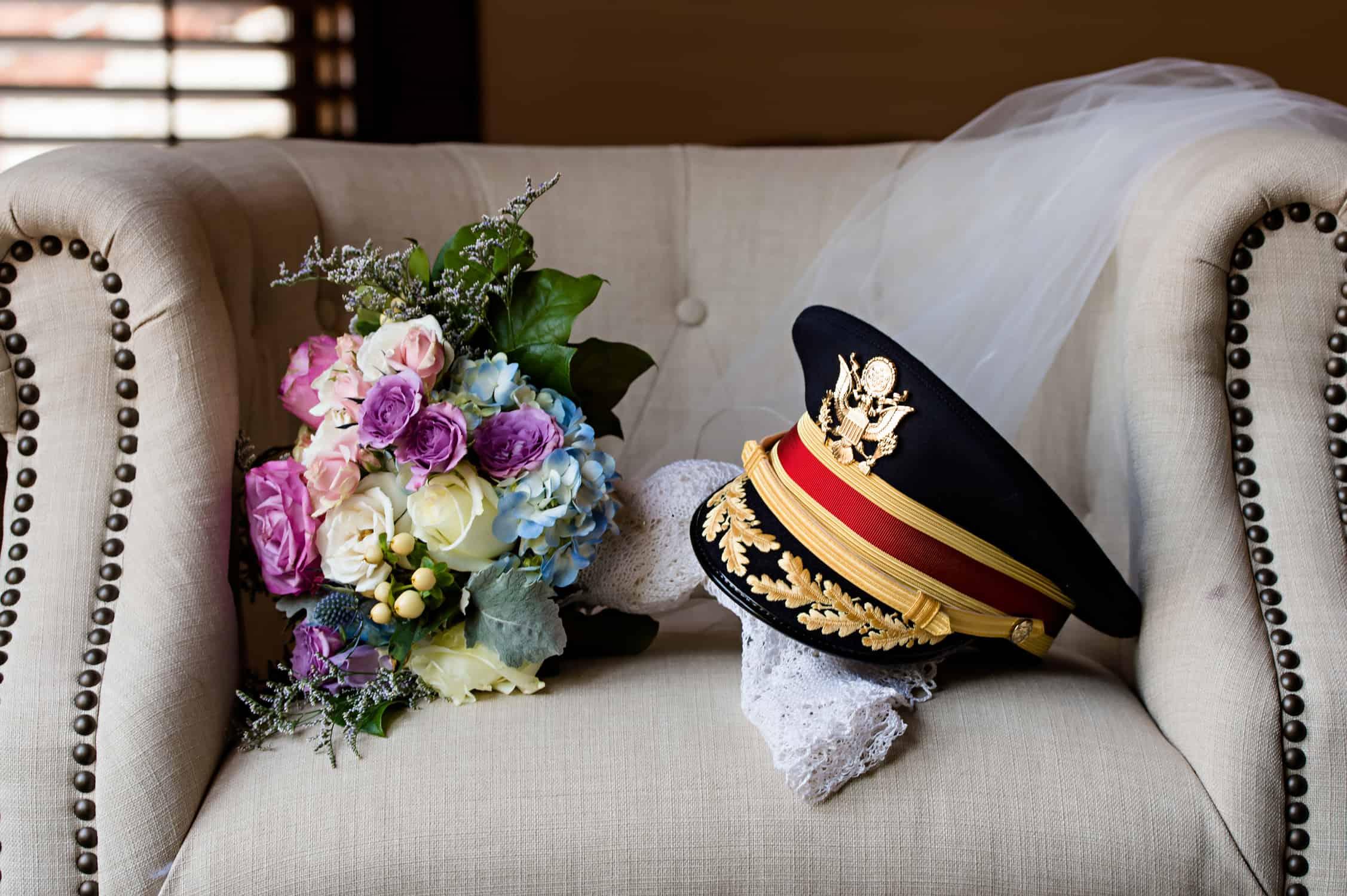 Loose Mansion | Kansas City Wedding | Elizabeth Ladean Photography